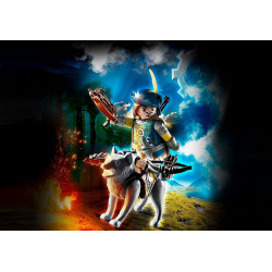 Playmo 70229 Crossbowman with Wolf
